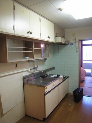 雅叙苑 施工前キッチン