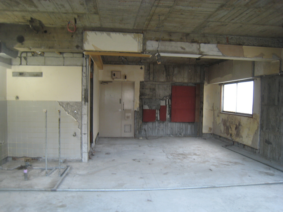 新宿マンション 解体1