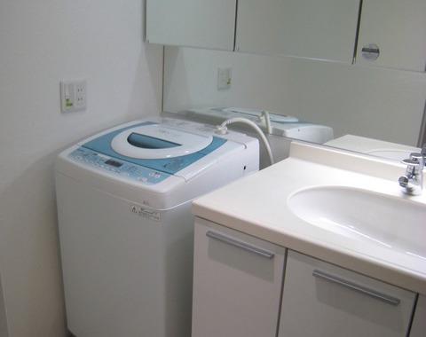 ビルトイン洗濯機用カウンターの改造サムネイル