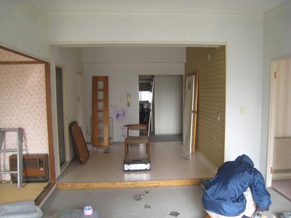 新浦安のマンションでリフォーム工事(リノベーション) 開始サムネイル