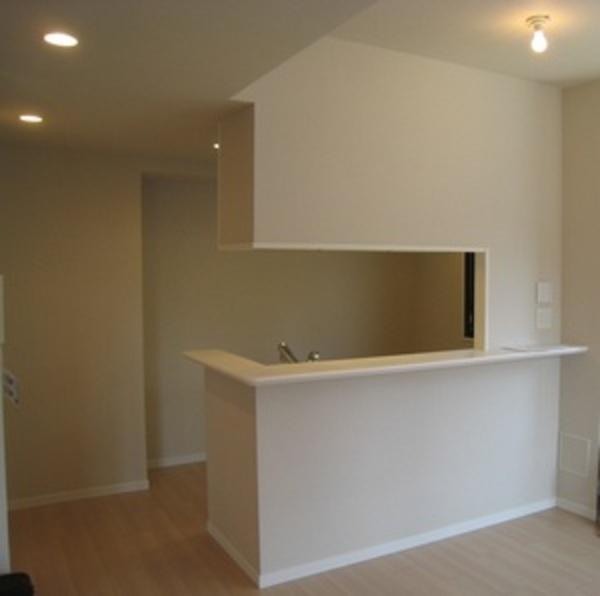 蒲田の新築マンションでキッチン吊戸棚を撤去しましたサムネイル