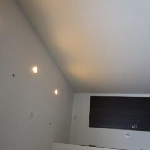 有明のタワーマンションでダウンライト工事 Part2サムネイル